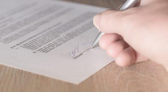 mietvertrag einer möbilierten wohnung